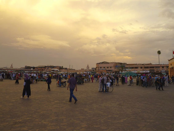 Dusk at Djemaa el-Fna